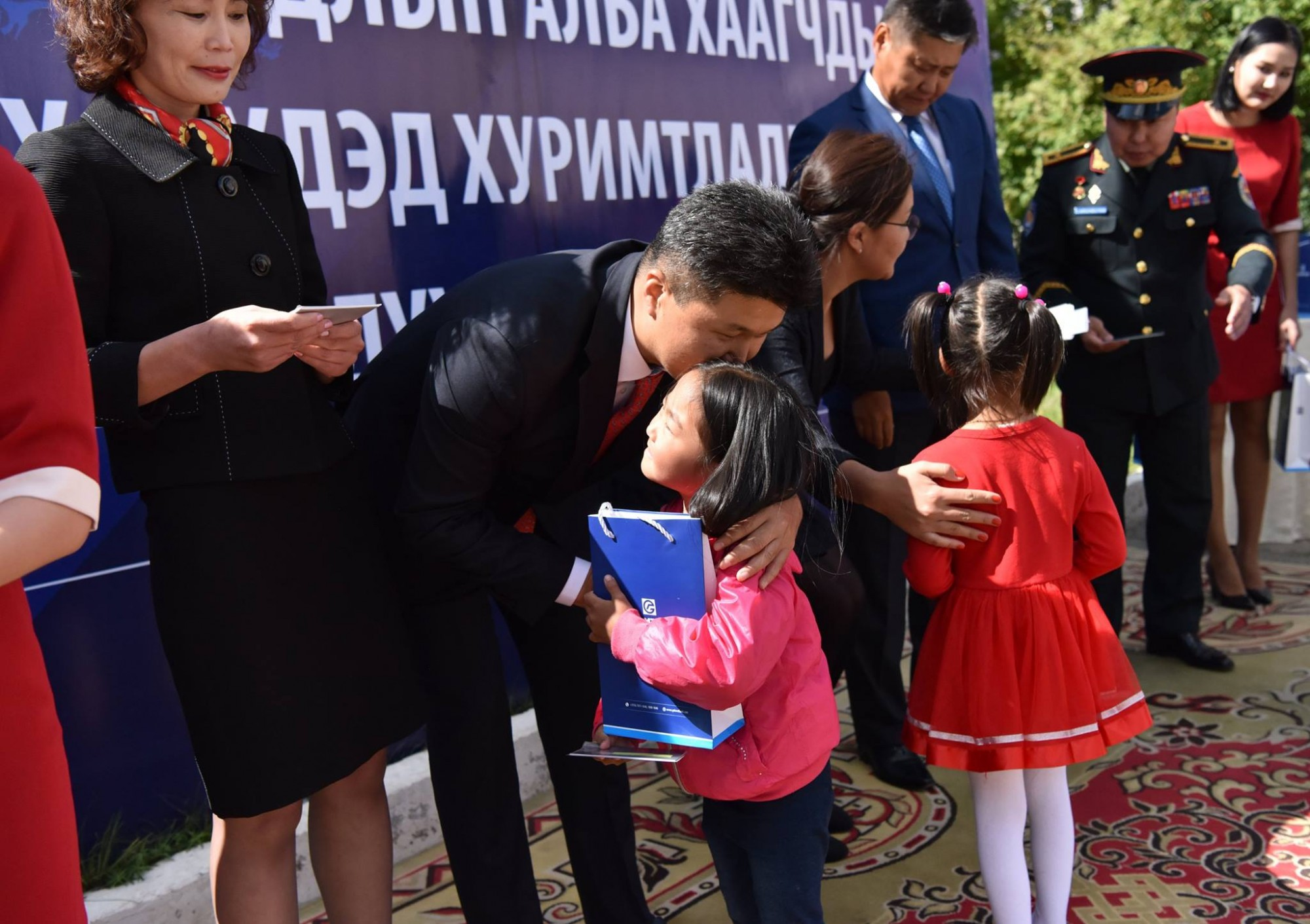 """Онцгой байдлын алба хаагчдын 106 хүүхэд """"ҮНДЭСНИЙ ХУРИМТЛАЛ""""-тай иргэд болно"""
