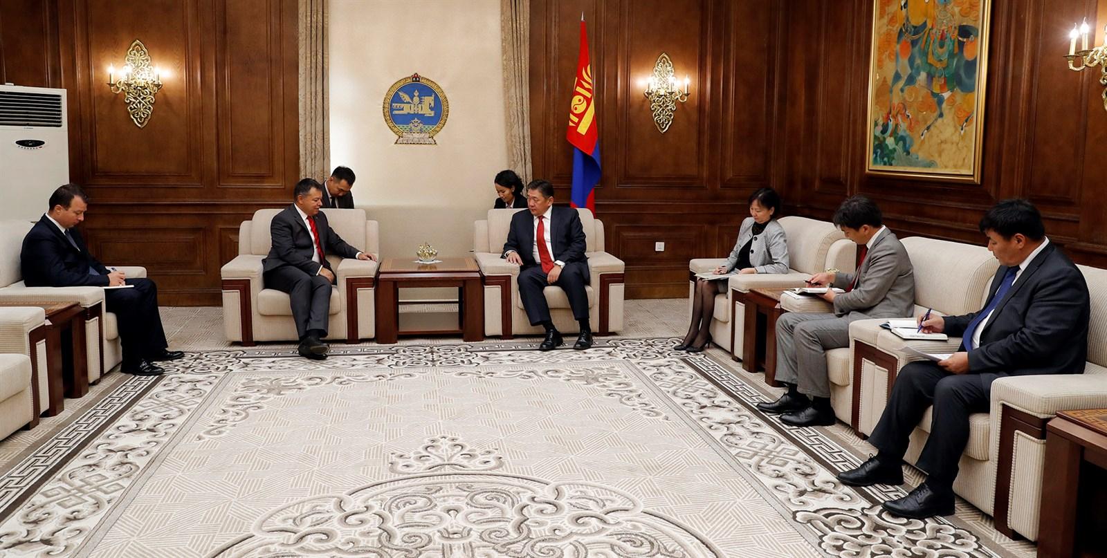 Элчин сайд А.Язал: Монголын талаас Засгийн газрын баталгаа гаргах нь чухал байгаа