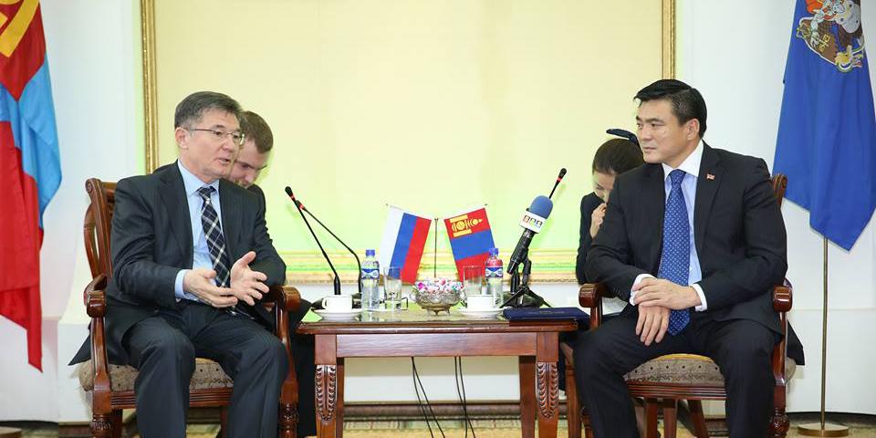 ОХУ-ын Элчин сайд Азизов Искандер Кубаровичийг хүлээн авч уулзлаа