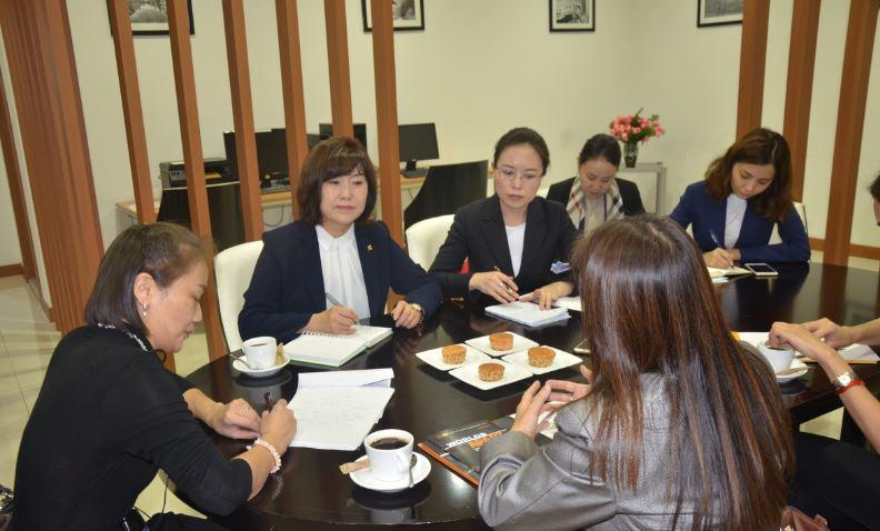 НҮБ-ын Хүн Амын Сангийн Суурин төлөөлөгч Наоми Китахаратай уулзав