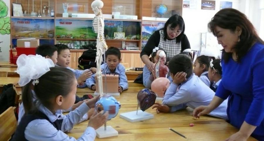 Багш, ажилчдын үр дүнгийн мөнгөн урамшил олгохтой холбоотой журмыг шинэчлэв