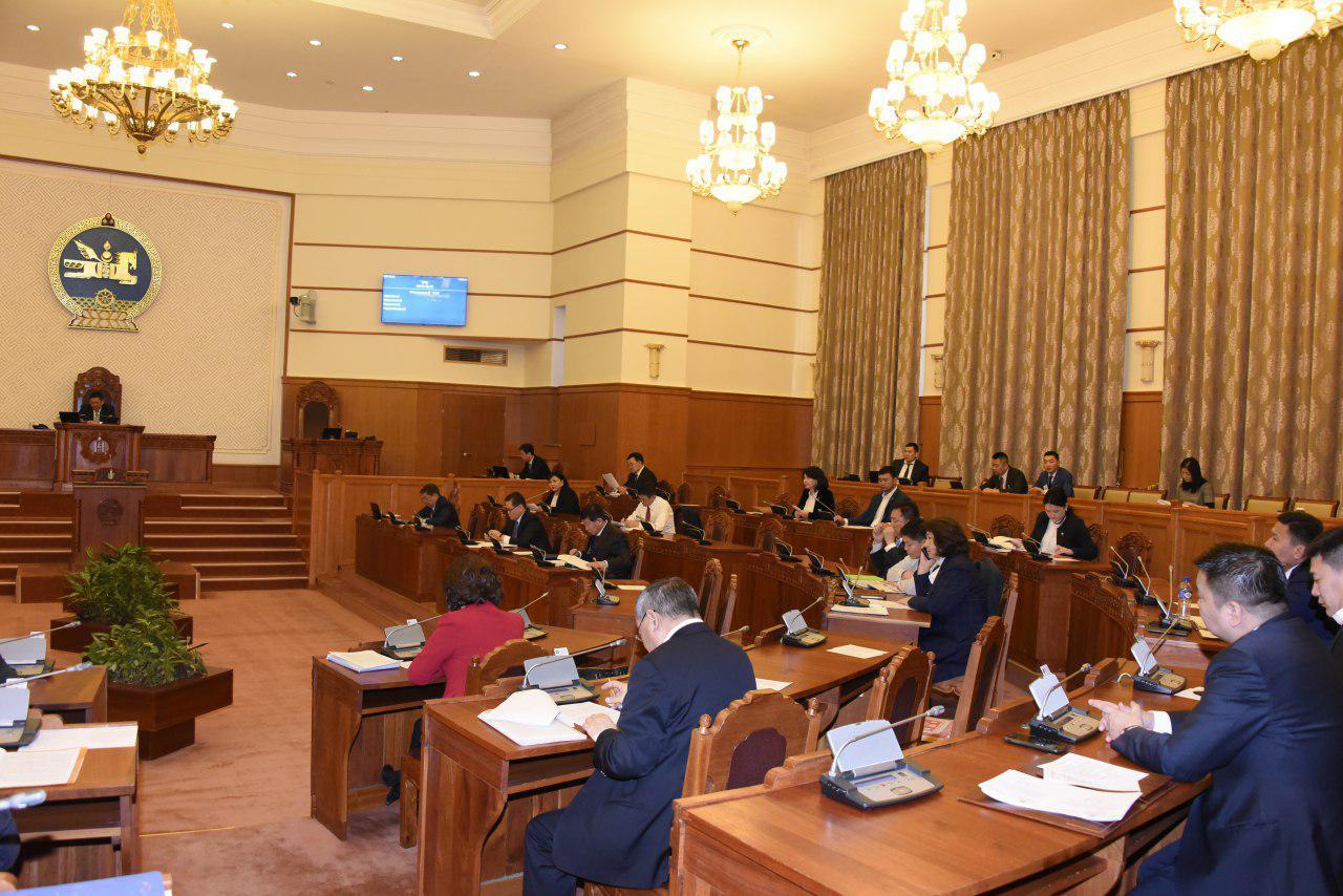 Улсын Их Хурлын гишүүн Т.Аюурсайханы Монголбанкны Ерөнхийлөгчид тавьсан асуулгын хариуг сонслоо