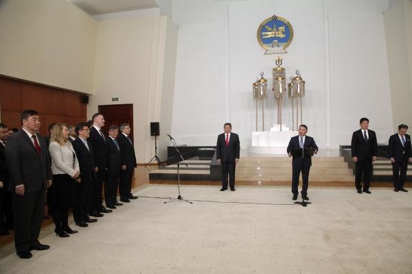Х.Баттулга дипломат корпус, олон улсын байгууллагын төлөөллүүдийг хүлээн авч уулзлаа