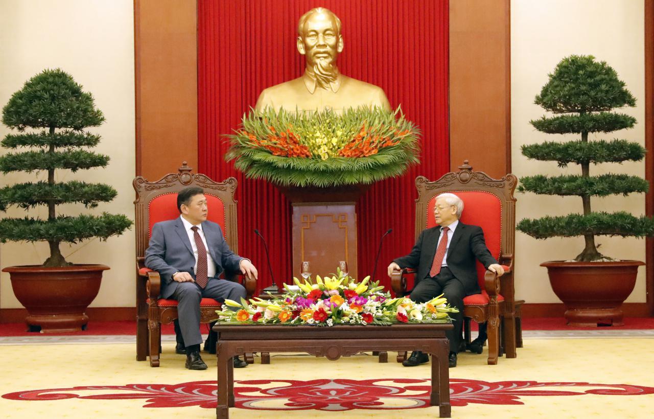 Вьетнамын Коммунист Намын ерөнхий нарийн бичгийн дарга Нгуен Фу Чонг-д бараалхав