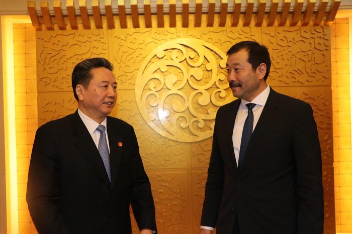 Монгол-Хятадын ЗАМ ТЭЭВРИЙН салбарын хамтын ажиллагаа ШИНЭ ШАТАНД гарлаа