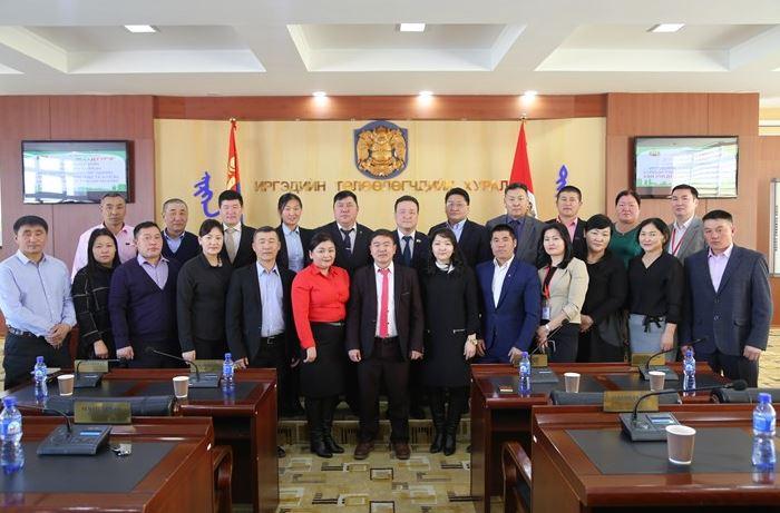 Хан-уул дүүрэгт Дорнод аймгийн Чойбалсан сумын ИТХ-ын төлөөлөгчид зочиллоо