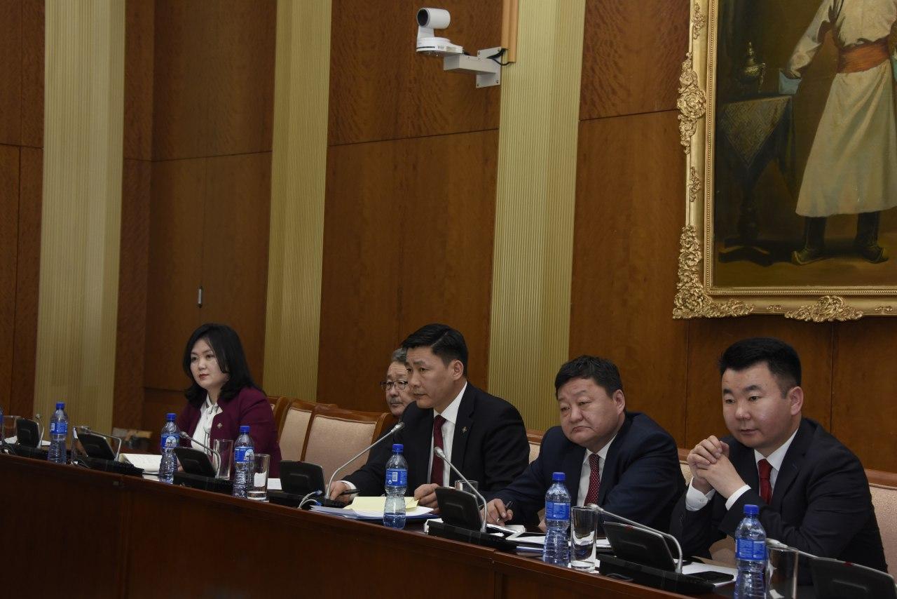 """""""Монгол судлалын өнөөгийн байдал, хэтийн төлөв, асуудал, шийдэл"""" сэдэвт хэлэлцүүлэг зохион байгууллаа"""
