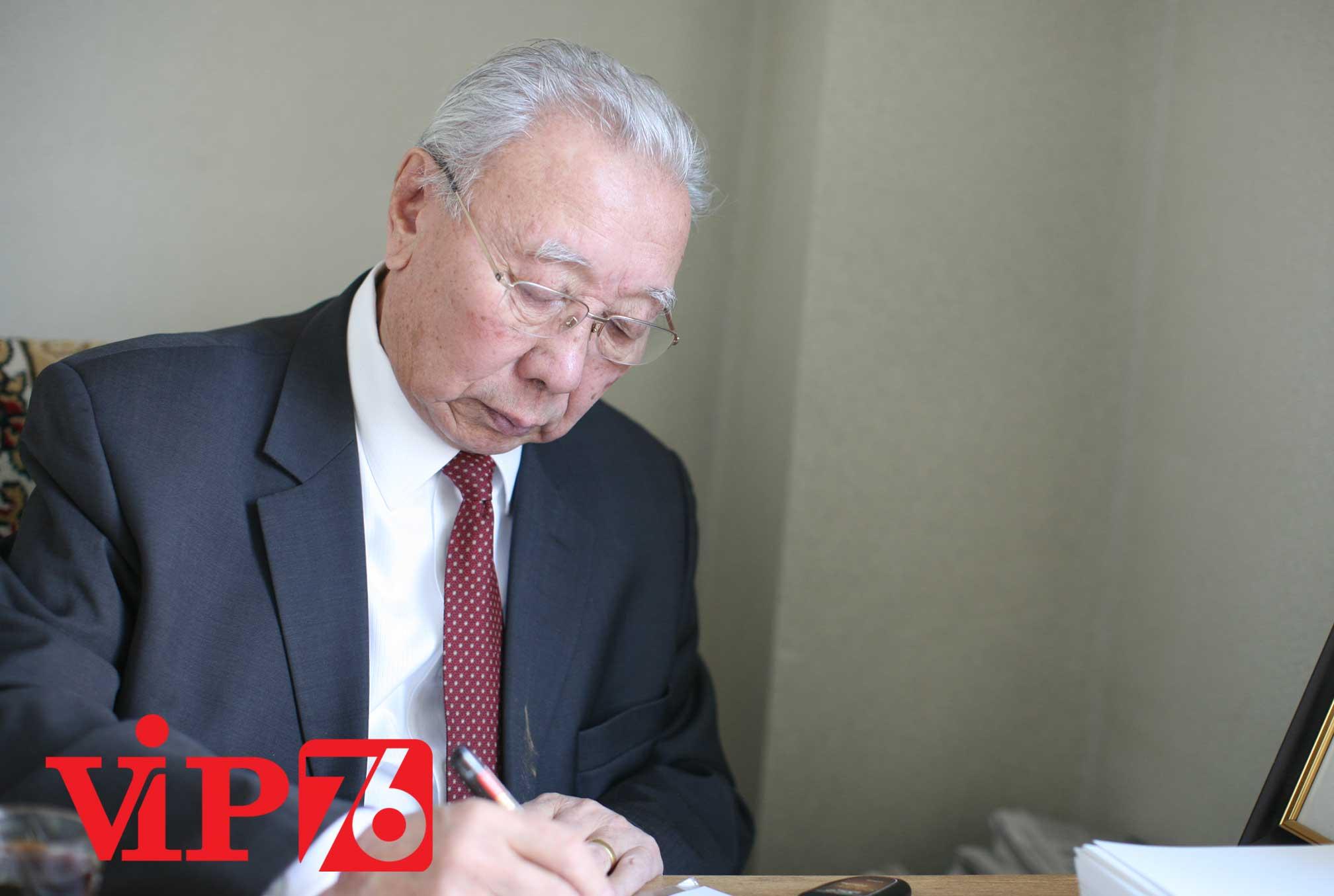 Д.Содном: Монгол улсад алсыг харсан хөгжлийн бодлого, төлөвлөгөө хэрэгтэй байна