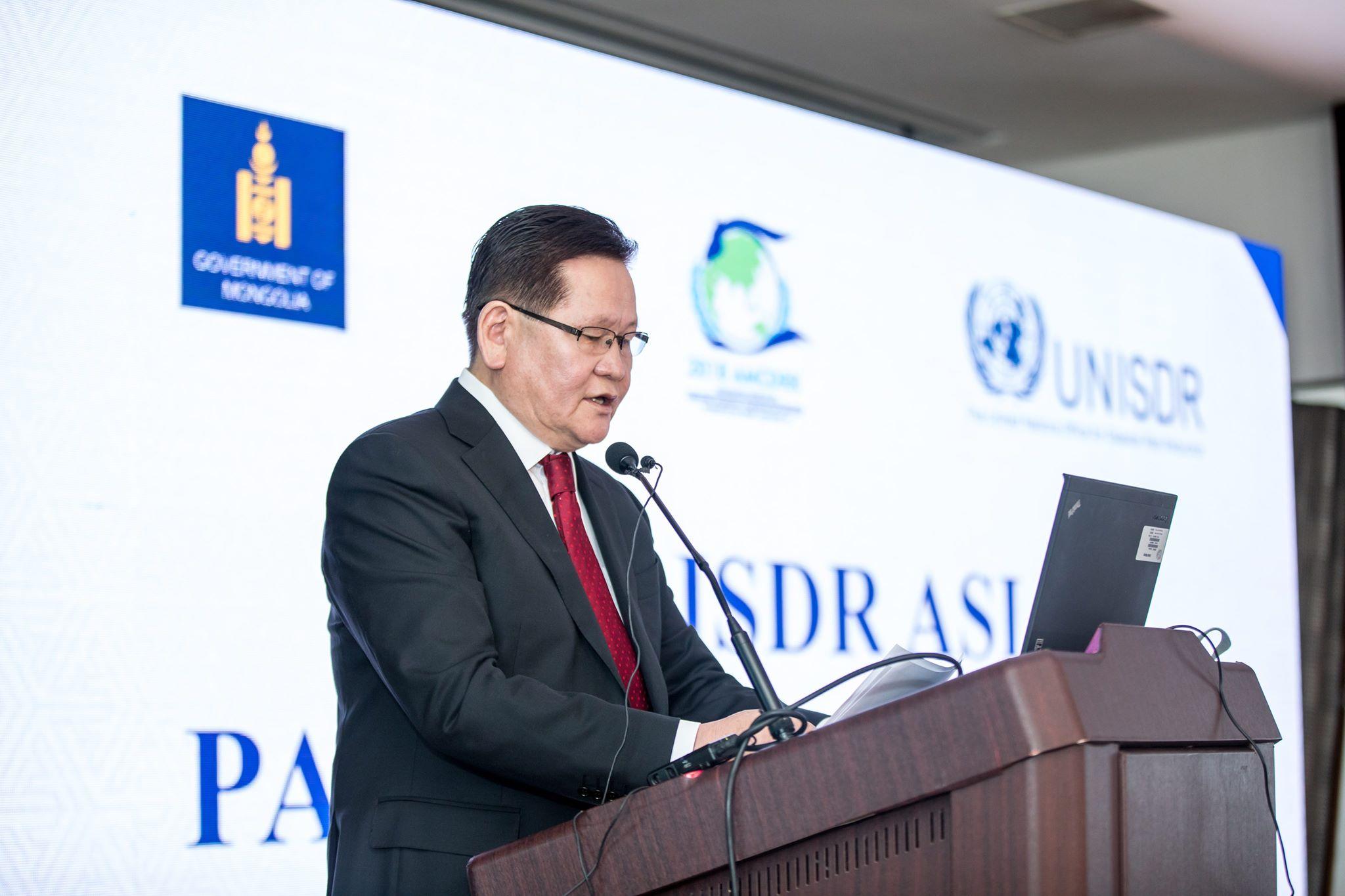 Шадар сайд Ө.Энхтүвшин Азийн түншлэлийн хуралдааныг нээлээ