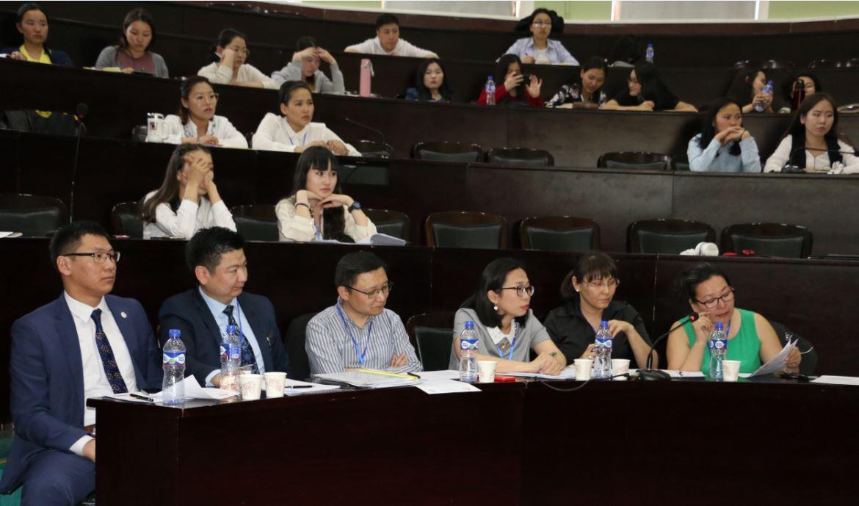 Оюутны эрдэм шинжилгээний хурал, Эссэ бичлэгийн уралдаанд МУИС-ийн оюутнууд тэргүүллээ