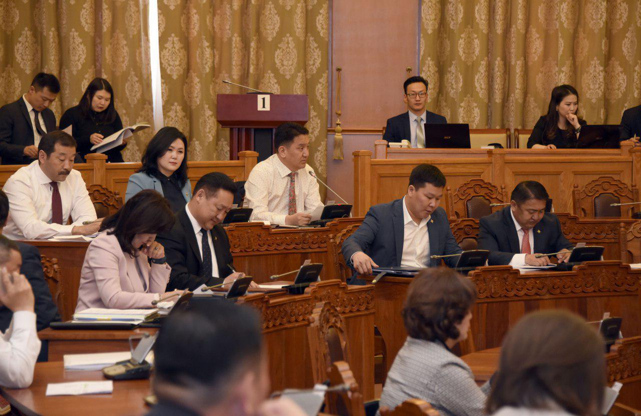 УИХ энэ долоо хоногт: Монгол Улсын Их Хурлын тухай хуулийн нэмэлт өөрчлөлтийг эцэслэн батална