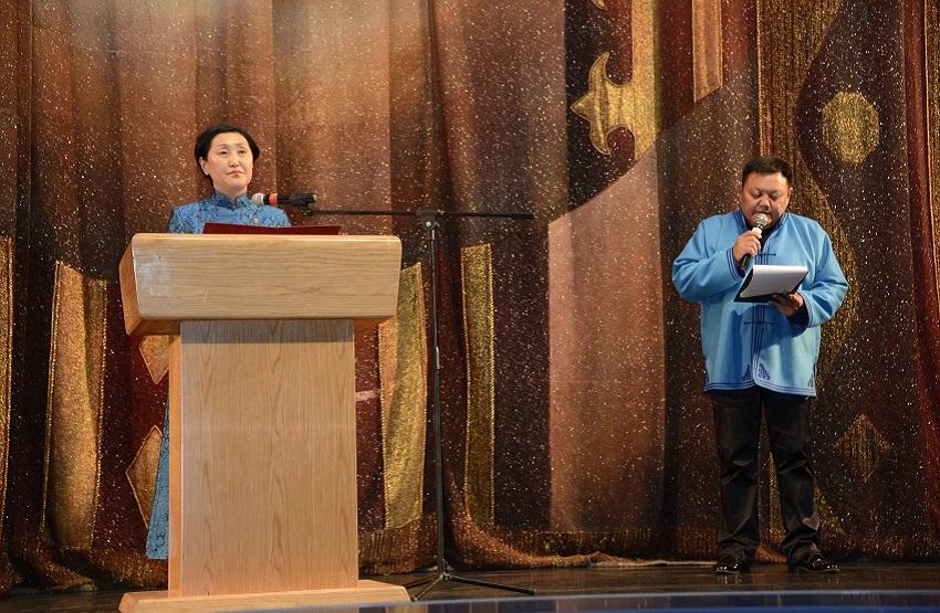 """И.Моисеевын нэрэмжит ардын бүжгийн эрдмийн чуулгынхан """"Монголын уран баримал"""" нэрт бүжгээ толилуулав"""
