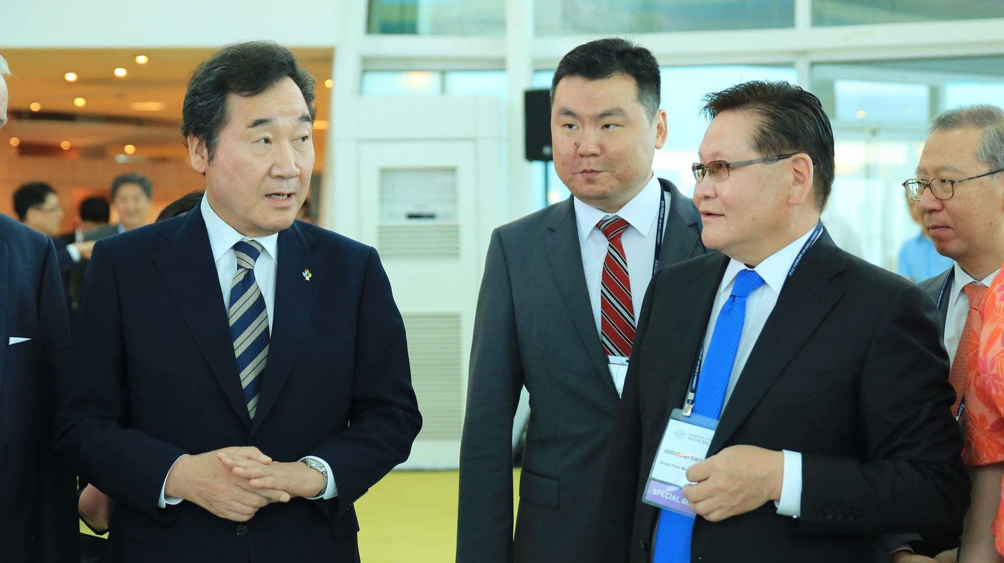 БНСУ-ын Ерөнхий сайд Ли Наг Ентай уулзлаа