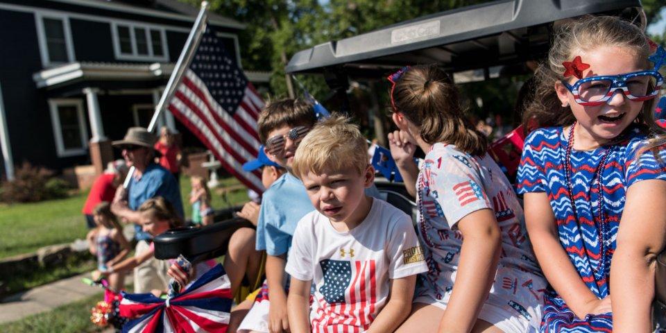 Америкчууд Тусгаар тогтнолын өдрөө хэрхэн өнгөрүүлэв?