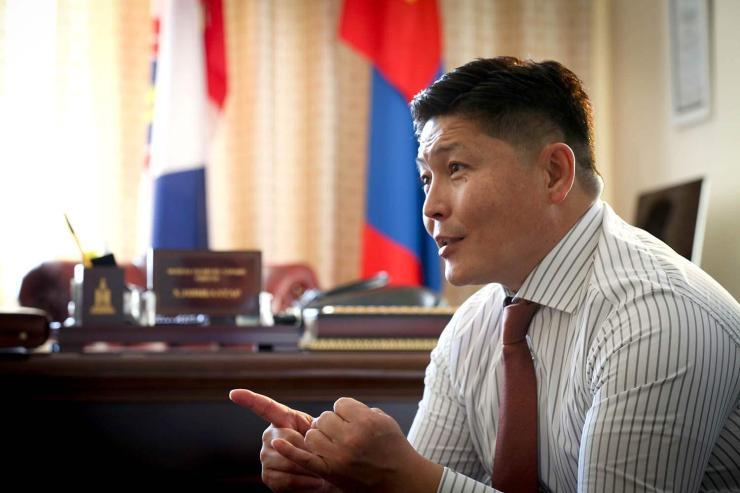 """Х.Нямбаатар: """"Таван толгой"""" төсөл амжилттай хэрэгжснээр """"Эрдэнэс Монгол"""" компанийн уул уурхайн том төслүүд хөдлөх боломжтой"""