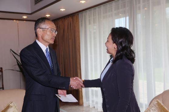 Япон улсаас Монгол Улсад суух элчин сайд М.Такаока СБД-ийн засаг дарга Х.Болормааг хүлээн авч уулзлаа