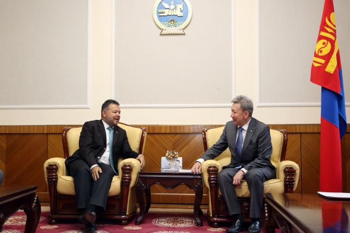 УИХ-ын гишүүн Л.Болд БНТУ-аас Монгол Улсад суугаа Онц бөгөөд Бүрэн эрхэт Элчин сайдтай уулзлаа
