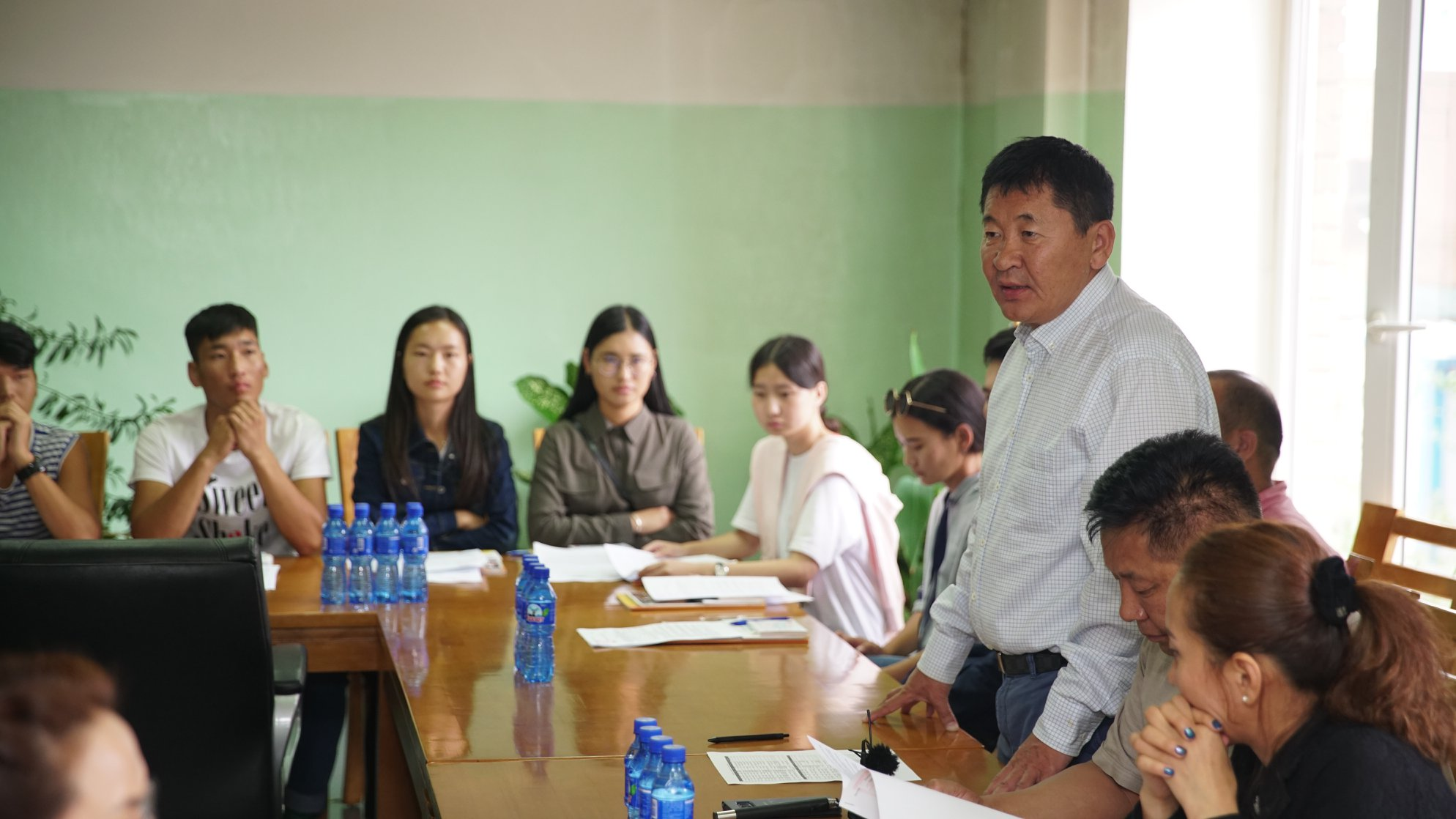 Дорноговь аймгийн нутгийн зөвлөлийн тэтгэлэгт хамрагдсан хамрагдсан сурагчидтай сургалтын гэрээ байгууллаа