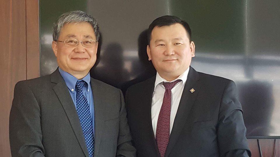 Солонгос, Канад, Монгол эмч нараас бүрдсэн баг Хөвсгөл аймгийн сумдад үнэ төлбөргүй үзлэг, оношилгоо хийжээ