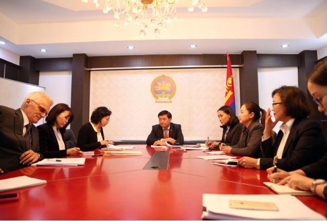 Азийн хөгжлийн банкны төслийн багийнхантай уулзлаа
