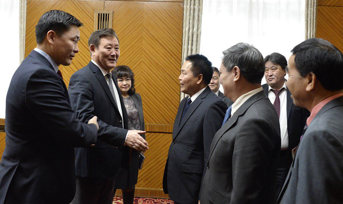 БНАЛАУ-ын Эрүүл мэндийн сайд Др.Бүнконг Сихавонгийг хүлээн авч уулзлаа