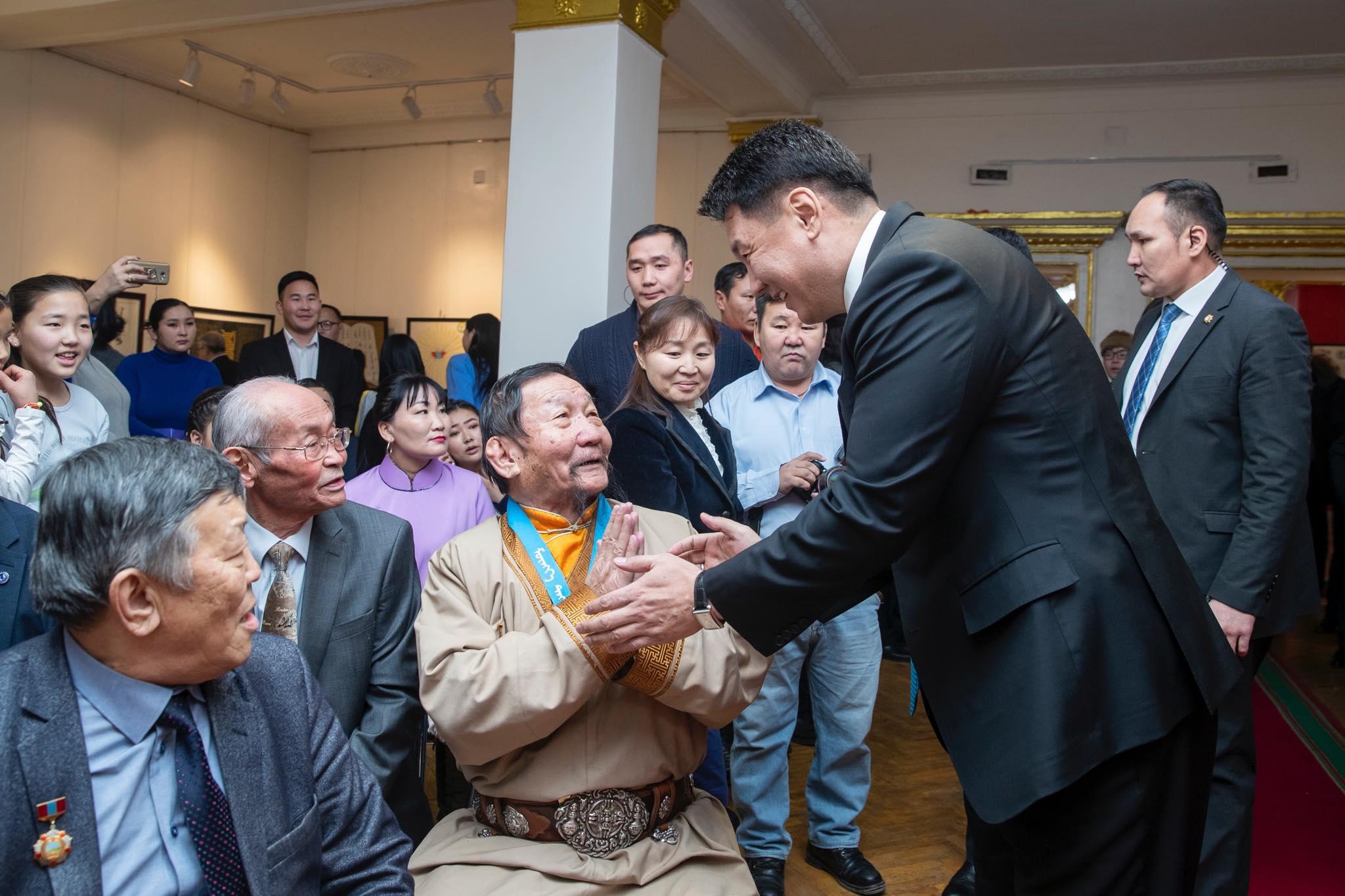 У.Хүрэлсүх: Монгол сайхан бичиг соёлоо олон түмний хүртээл болгоход Засгийн газар бүх талаар тусалж дэмжинэ
