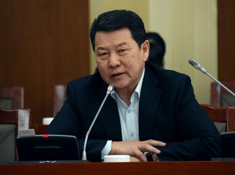Ч.Улаан: Монголын төрд МАНАН гэж бүлэглэл байдаг нь үнэн