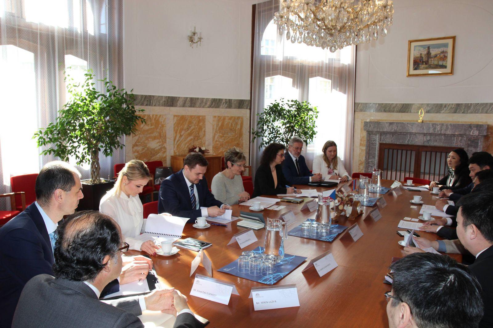 Монгол Улс Чех Улстай эрчим хүчний салбарт хамтын ажиллагааг үргэлжлүүлнэ