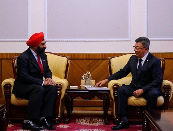 БНЭУ-аас Монгол Улсад суугаа Элчин сайдыг хүлээн авч уулзлаа.