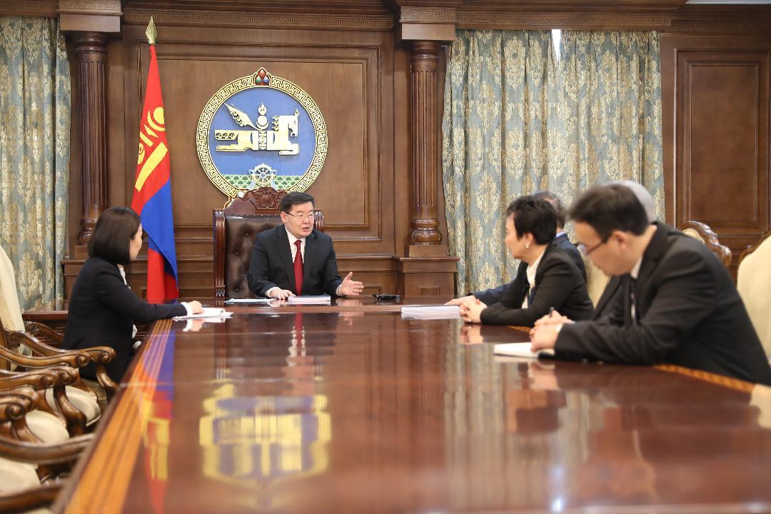 """""""Монгол Улс дахь хүний эрх, эрх чөлөөний байдлын талаарх 18 дахь илтгэл""""-ийг өргөн барилаа"""
