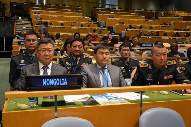 НҮБ-ын Энхийг сахиулах ажиллагаанд цэрэг илгээгч орнуудын Батлан хамгаалахын сайд нарын Бага хуралд оролцлоо
