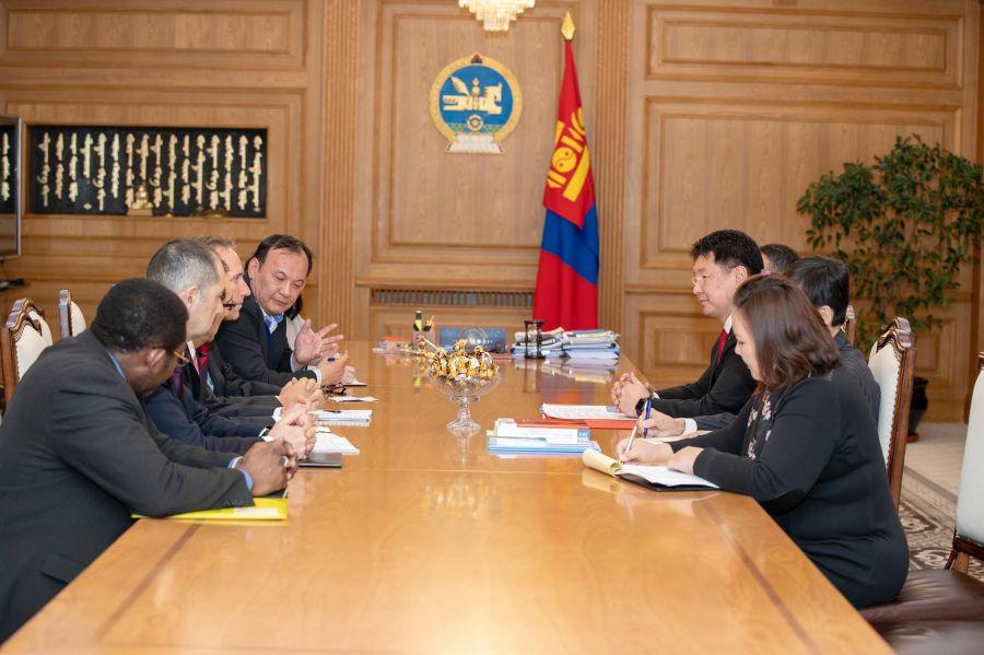 Ерөнхий сайд У.Хүрэлсүх Дэлхийн банкны төлөөлөгчдийг хүлээн авч уулзав