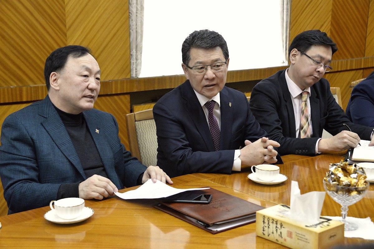 """""""Монгол Улсын бэлчээрийн эрх зүйн орчныг бүрдүүлэх нь"""" үндэсний хэлэлцүүлгийн талаар санал солилцов"""