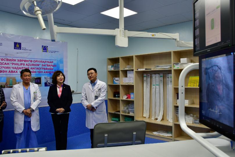 Улсын гуравдугаар төв эмнэлэгт улсын төсвийн хөрөнгөөр Ангиографийн аппарат суурилагдлаа