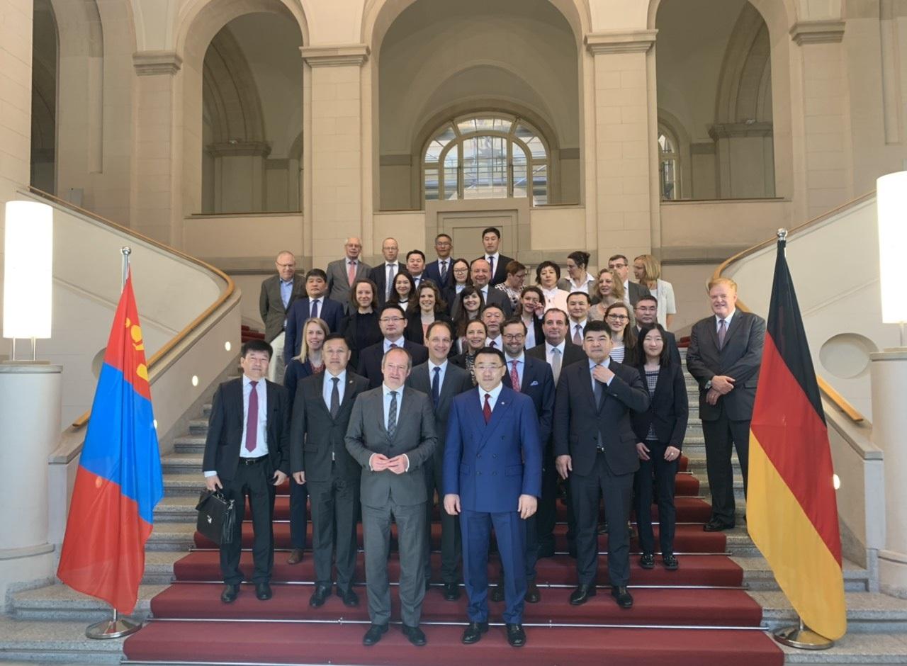 Монгол, Германы Засгийн газар хоорондын хуралдаан боллоо