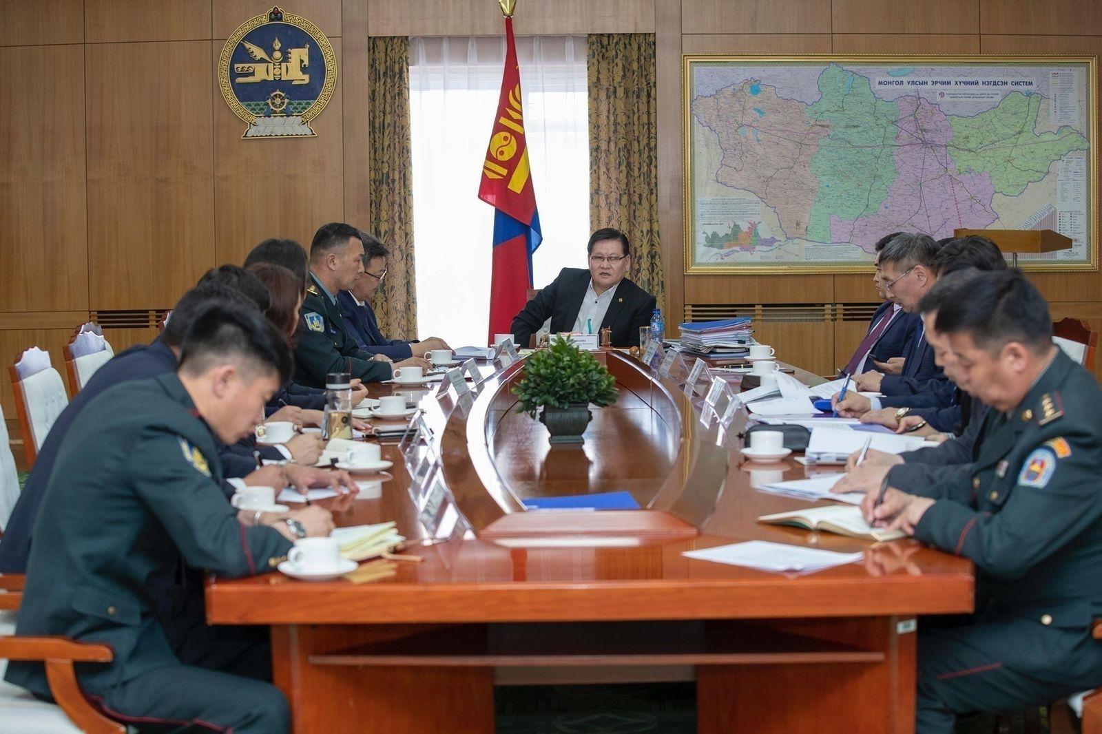 ОХУ-ын Зэвсэгт хүчний эрдмийн чуулга болон Агаарын нислэгийн үзүүлэх тоглолтын багийг Монголд урина