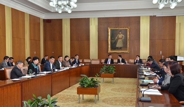 Монгол Улсын эдийн засаг, нийгмийг 2020 онд хөгжүүлэх үндсэн чиглэлийг хэлэлцлээ