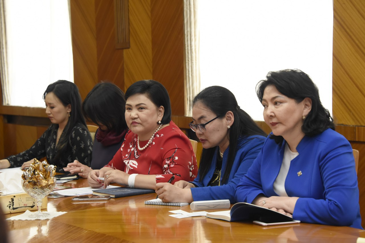 НББСШУБ хорооны дарга Д.Оюунхорол Бутаны Хаант Улсын төлөөлөгчидтэй уулзлаа