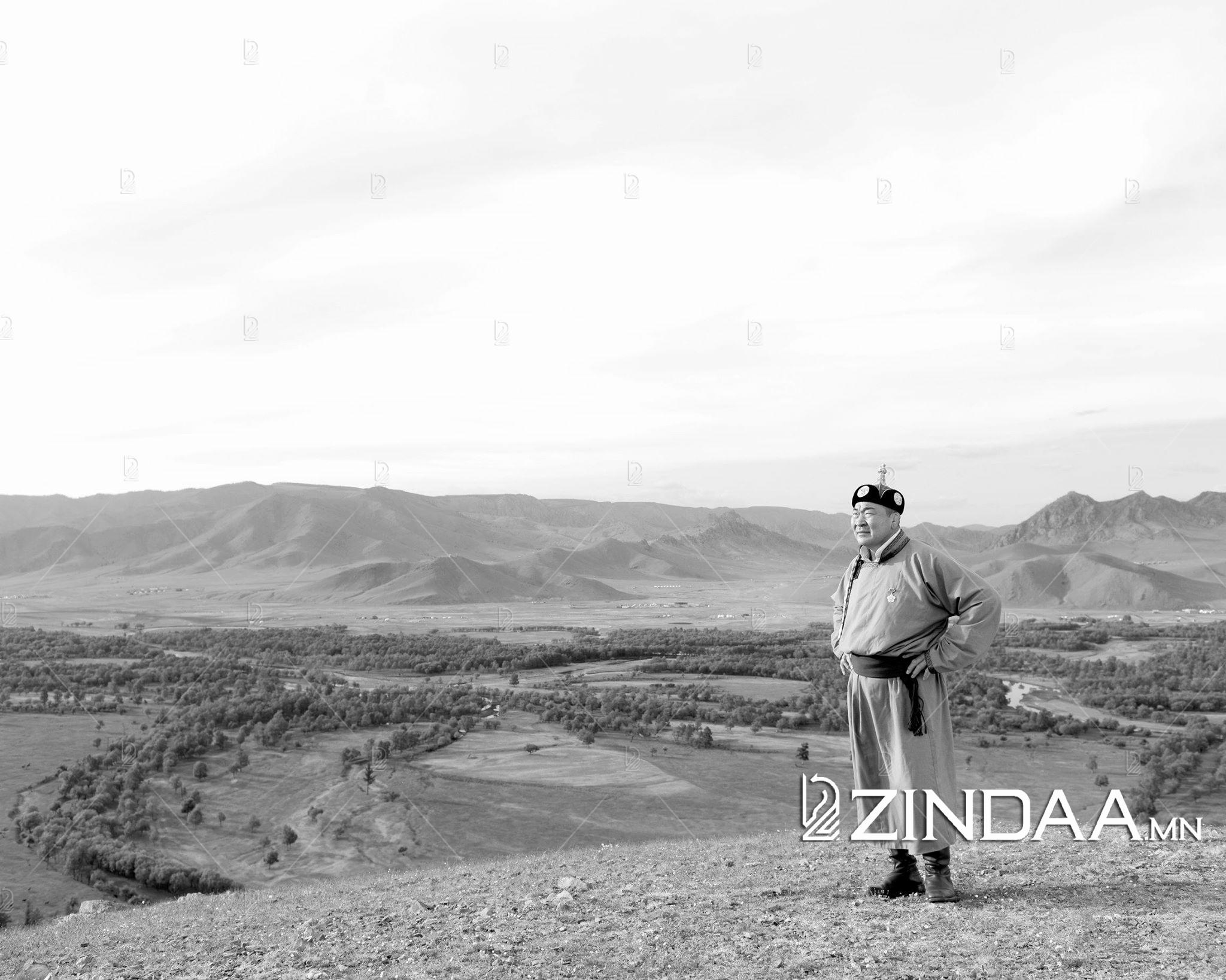 Дархан аварга Б.Бат-Эрдэнэ: Монголчууд зүрх сэтгэлийнхээ угт байх эрхэм нандин зүйлсээ хэзээ ч алдаж, орхиж байгаагүй
