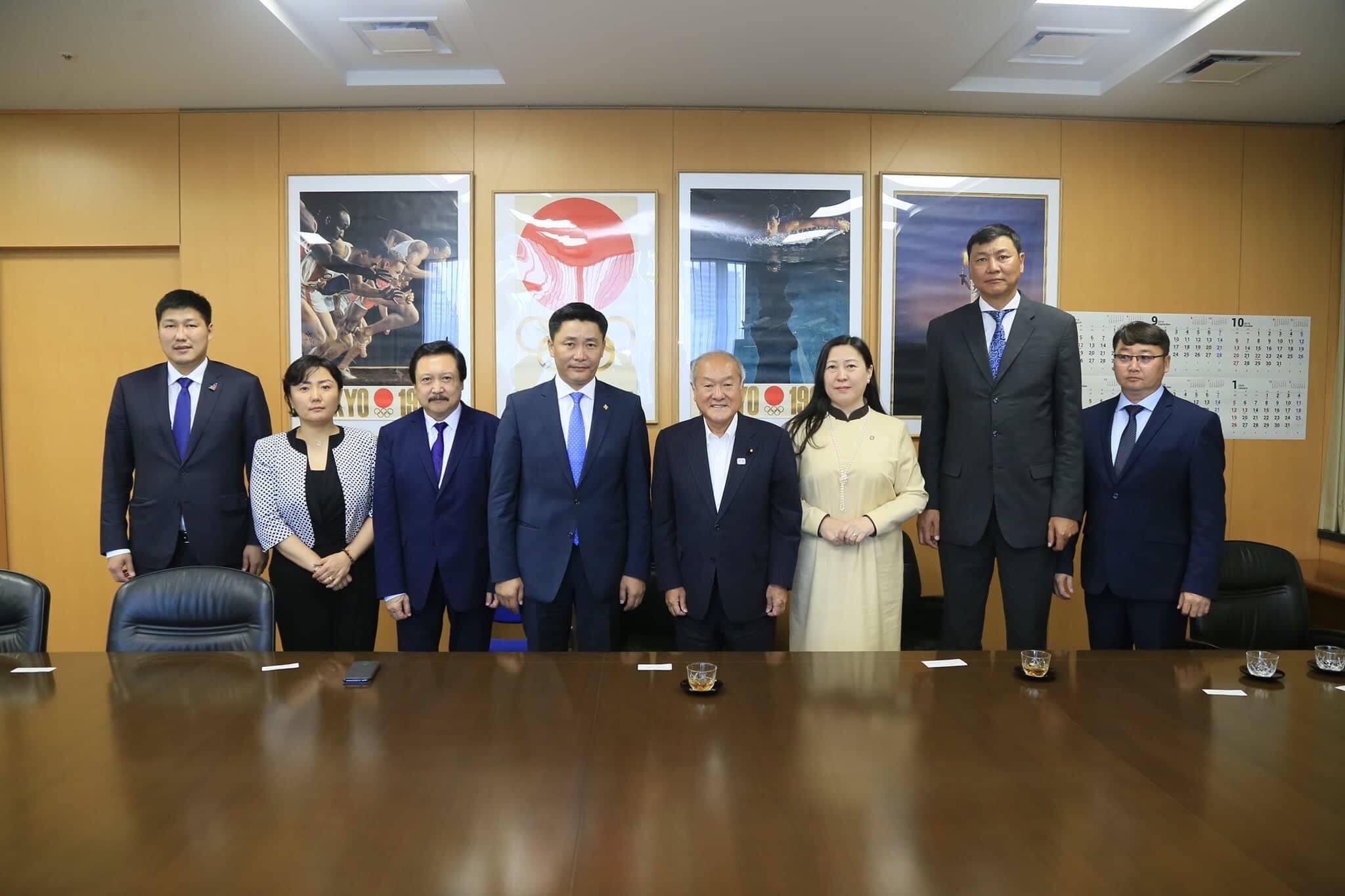БСШУС-ын сайд Ё.Баатарбилэг Токиогийн олимп, Паралимпын асуудал эрхэлсэн сайдтай уулзлаа