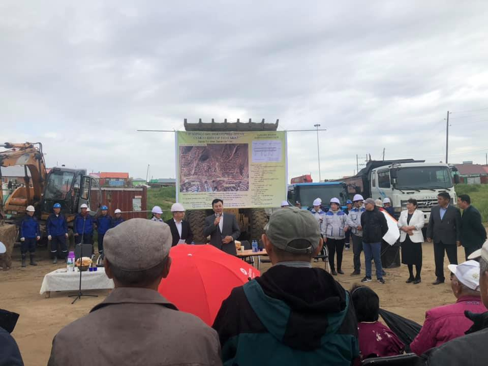 Дархан-Уул аймгийн Дархан сумын 5-р багт инженерийн шугам сүлжээнд холбогдох ажил эхэллээ