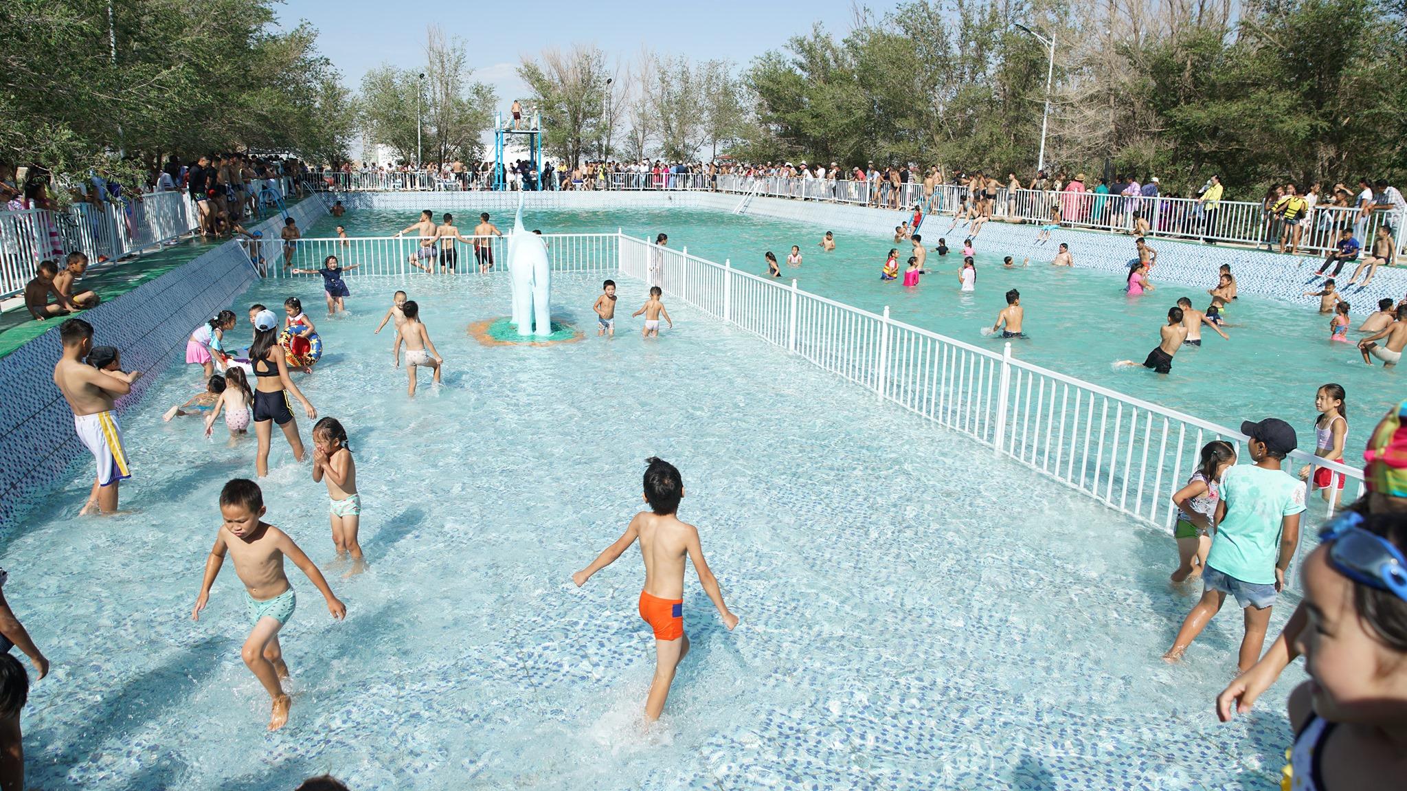 Монголын хамгийн анхны, хамгийн том задгай бассейн эргэн сэргэлээ