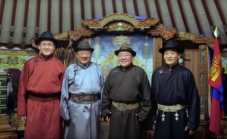 Монгол улсын Ерөнхийлөгчөөр 50 нас хүрсэн хүнийг 6 жилээр, нэг удаа сонгох санал дэмжигдлээ