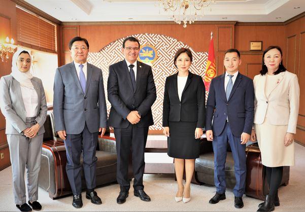 Азийн Паралимпийн хорооны гүйцэтгэх захирал Тарек Соуейг хүлээн авч уулзлаа