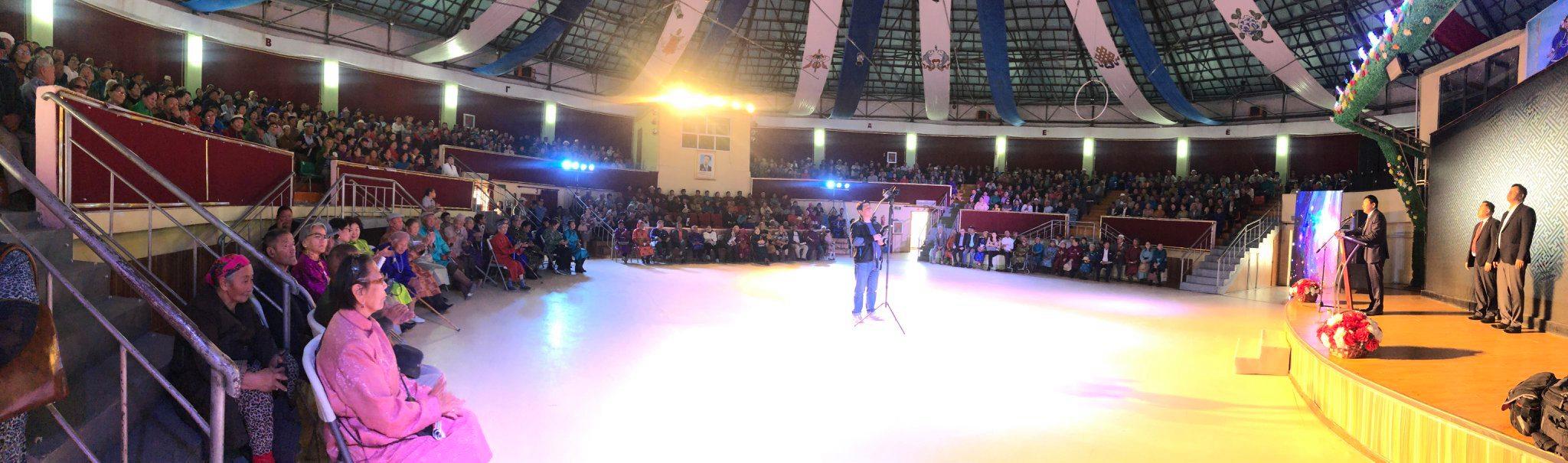 Ахмадын баярын хүндэтгэлийн арга хэмжээнд 3300 ахмад оролцлоо
