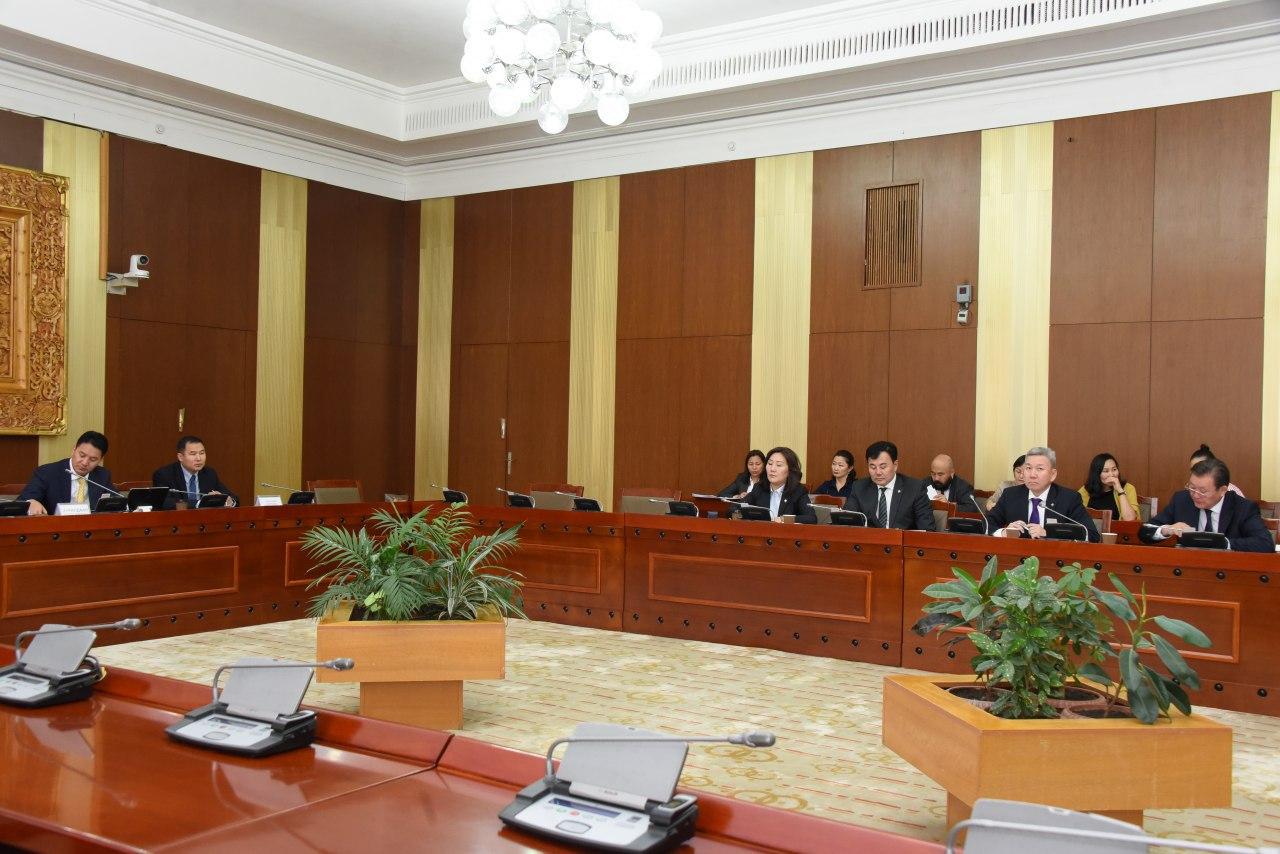 Монгол Улсын Засгийн газар, Бүгд Найрамдах Франц Улсын Засгийн газар хооронд байгуулах Санхүүгийн хэлэлцээрийн төслийг дэмжлээ