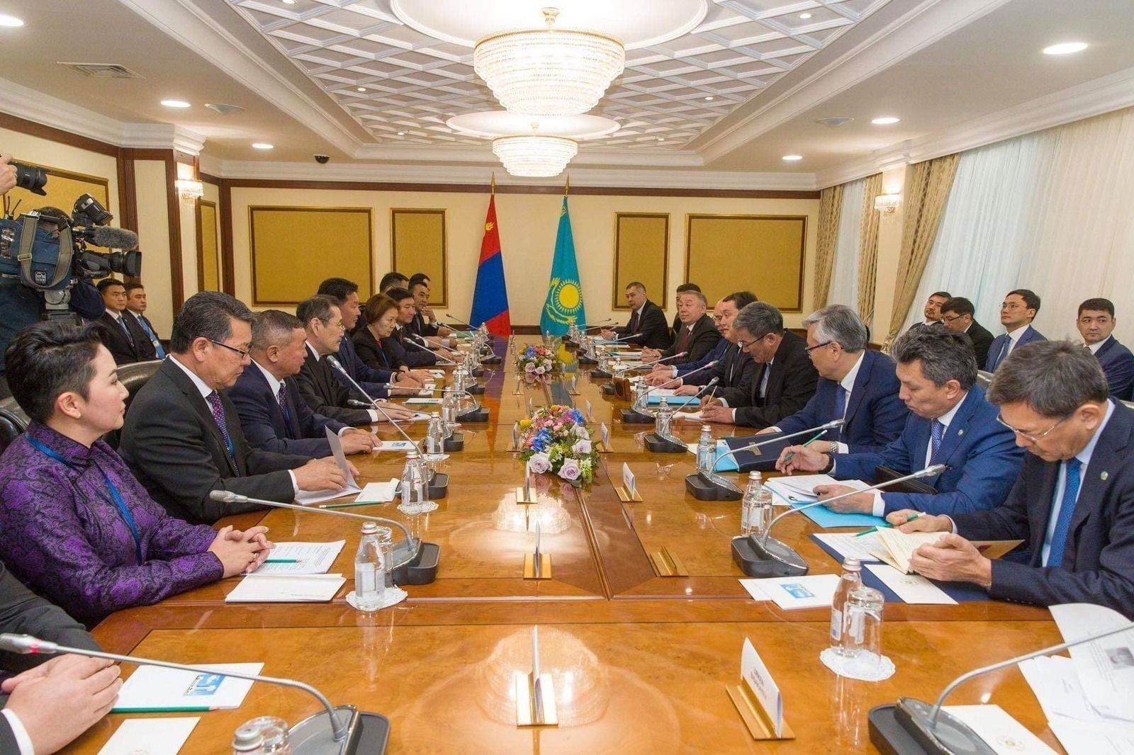 Казахстаны тал жил бүр 25 монгол иргэнд сургалтын тэтгэлэг олгоно