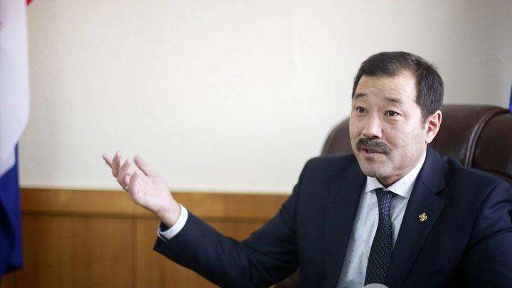 Ж.Бат-Эрдэнэ: Зөвхөн бүтээн байгуулалт яриад байвал Хойд Солонгосоос юугаараа ялгарах юм