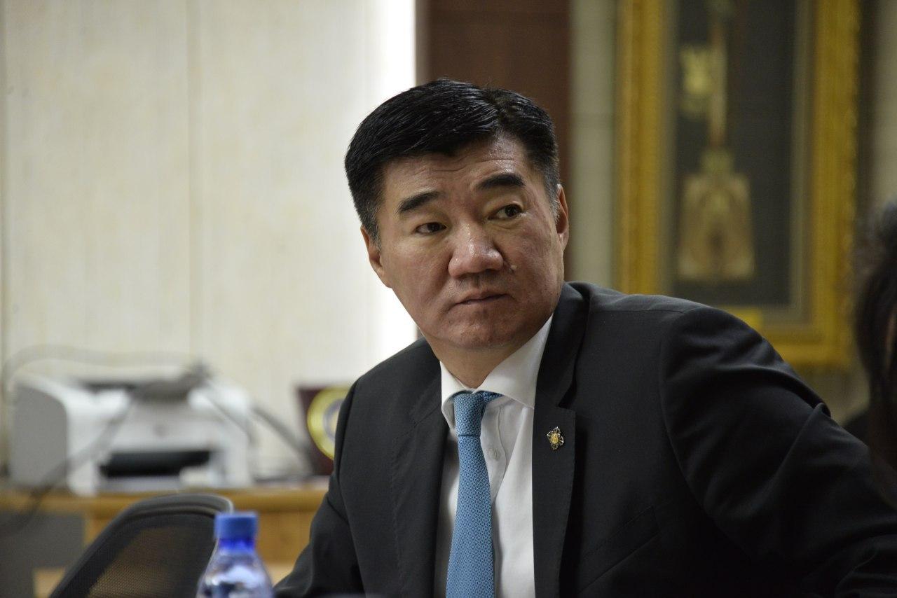 Монгол улсын гурван сая гаруй иргэний 2.2 сая нь фэйсбүүк хэрэглэж байна