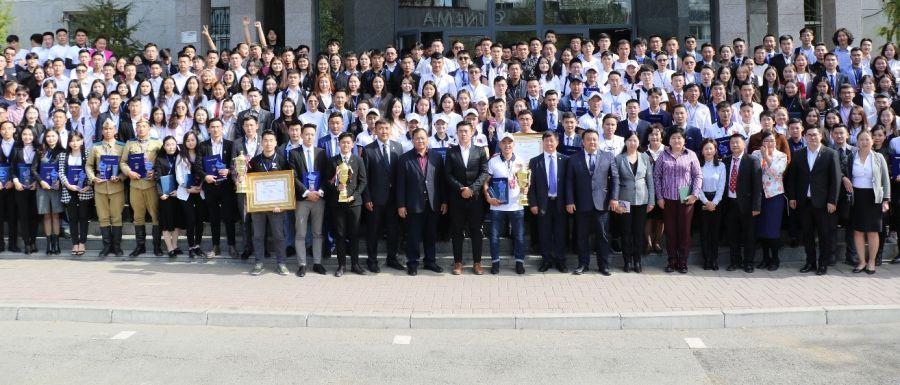 Монгол Улсын Ерөнхий сайд У.Хүрэлсүх ШУТИС-ийн 1000 оюутны зөвлөгөөнд оролцоно